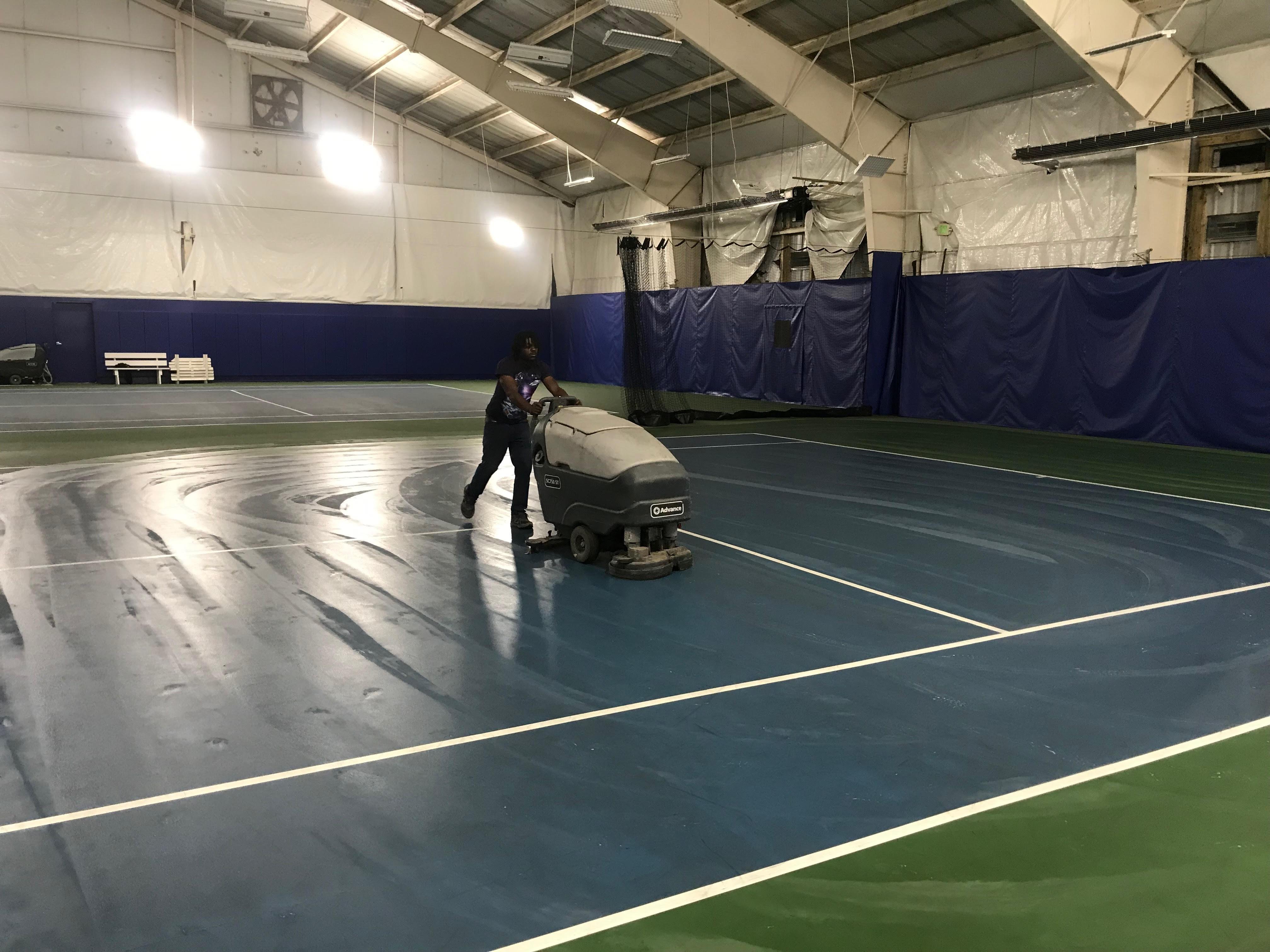 Summit Cleans Carroll Tennis Center