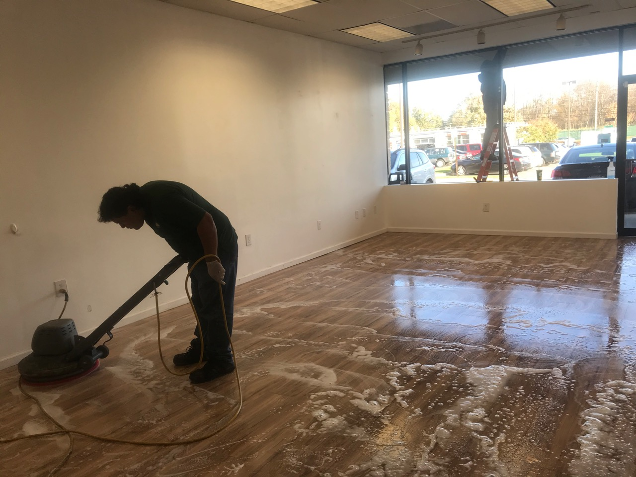 Ground Maintenance and Tenant Services for Retail Properties Company